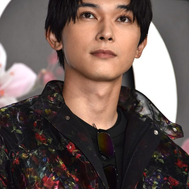 Stars Attend the Pre-Fall 2019 Valentino and Dior Shows in Tokyo