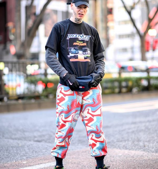 """French Fashion Model in Harajuku w/ Face Tattoos, Color Camo, Tommy Waist Bag & Nike Air Max 98 """"Highlighter"""" Sneakers"""