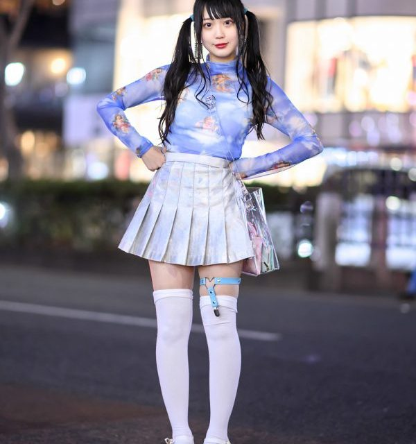 22472596064 Harajuku Idol in Twintails